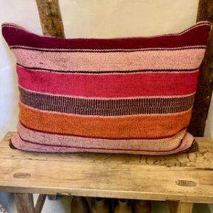 Frazada-Cushion-Hand-Woven-Cushions-Peru